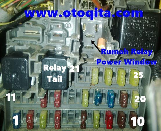Gambar Letak Relay Power Window honda crv 2003